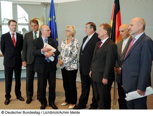 Eurohawk_UA_Lammert_02sep2013
