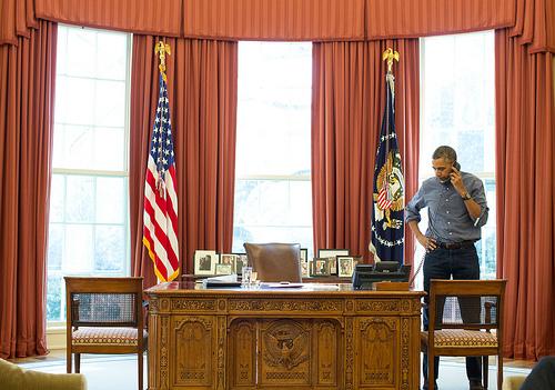 Obama_Putin_tel_apr2014