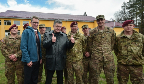 Fearless_Guardian_Poroshenko_20150420
