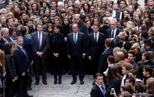 Presidence_France_silence_20151116