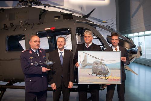 2015 / Deutschland / Bayern / Donauwörth Übergabe H145M Transporthubschrauber Airbus Helicopters