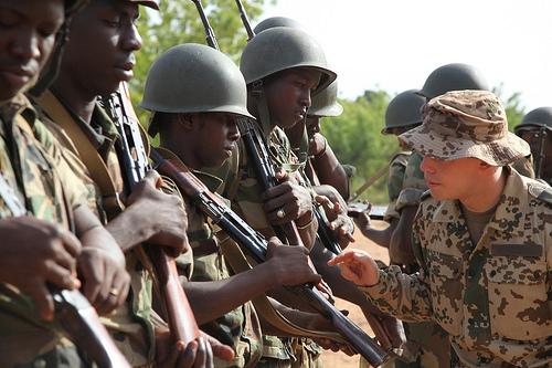 20130707_EUTM-Mali_Inspektion