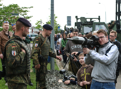 Allied Forces take part in Armed Forces and Public Unity Day in Lithuania