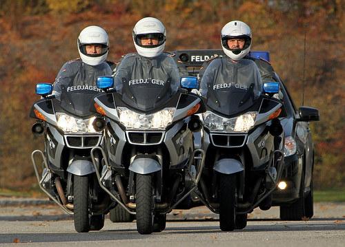 20111109_Feldjaeger_Motorradeskorte